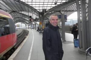 Вместо 12 часов по воздуху англичане предпочли ехать 8 недель по земле, Туристам Коломны, стоит ли ехать Гонконг Германия Беларусь автобус