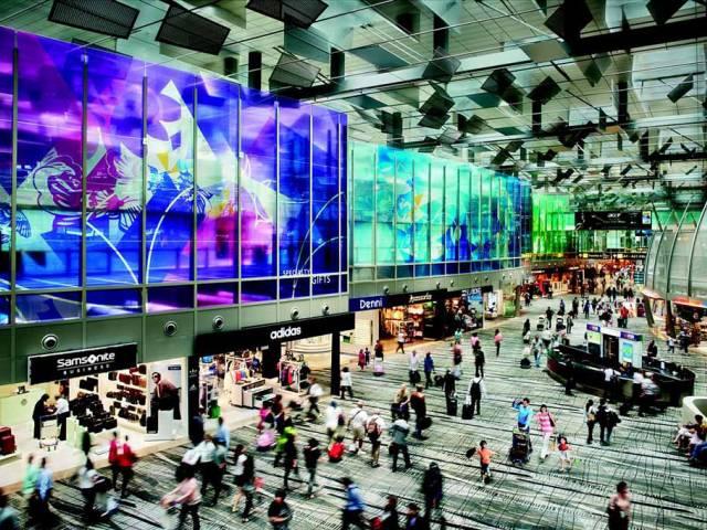 Названы лучшие авиагавани мира, Туристам Коломны, Достопримечательности Гонконг бассейн аэропорт