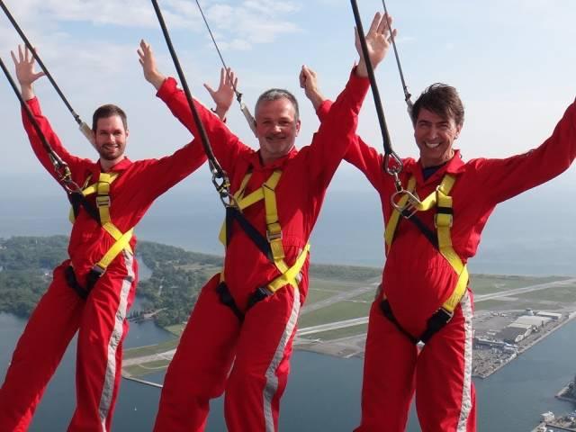 Где прогуляться на высоте в 356 метров и сколько это стоит, Туристам Коломны, Франция США Новая Зеландия где отдохнуть