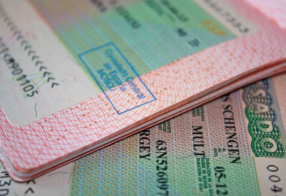 Испанцы будут делать Шенген за 4 дня. Но есть те, кто быстрее