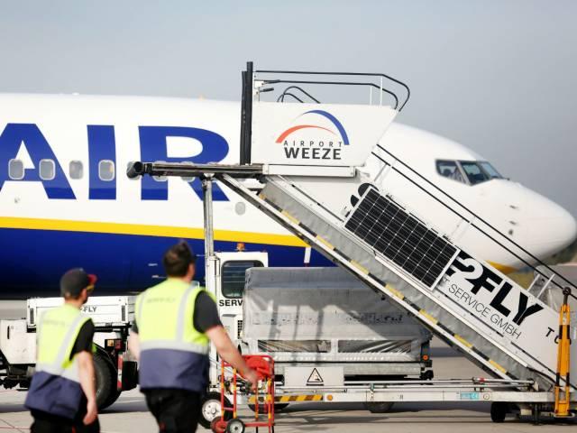 Ryanair отменяет более 600 рейсов на следующей неделе, Туристам Коломны, стоит ли ехать Испания Бельгия аэропорт