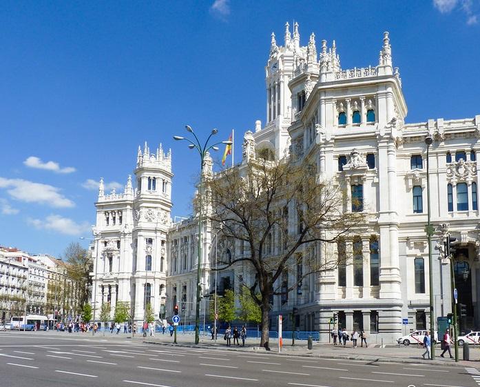 В Мадриде пешеходам на несколько дней отдадут главный бульвар