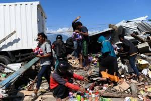 Ситуация в Индонезии: Сулавеси разрушен, на Бали всё спокойно