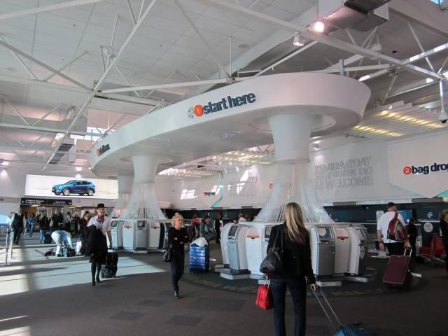 В аэропортах Новой Зеландии потребуют пароли и отпечатки пальцев от телефонов, Туристам Коломны, штраф Туризм США Новая Зеландия аэропорт