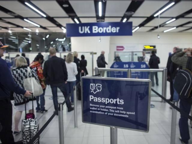 Инновации в Лондоне: от регистрации до посадки, не сбавляя шага, Туристам Коломны, паспорт Отпуск Лондон аэропорт
