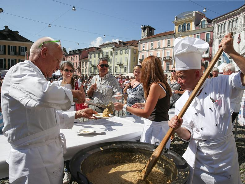 Где в Италии попробовать лучшее ризотто с шафраном, лимоном и сыром