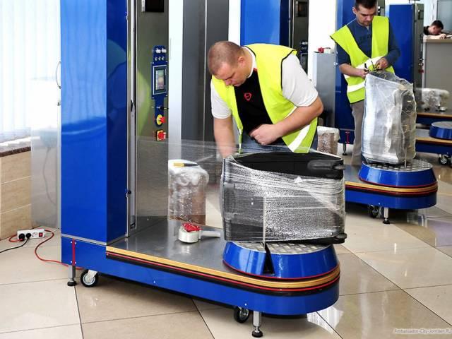 Каждый третий россиянин заматывает свой чемодан в пленку, Туристам Коломны, виза аэропорт
