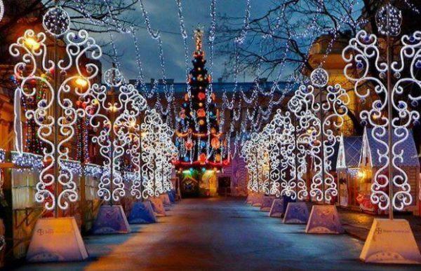 Встречаем Новый год в Санкт-Петербурге: программа мероприятий