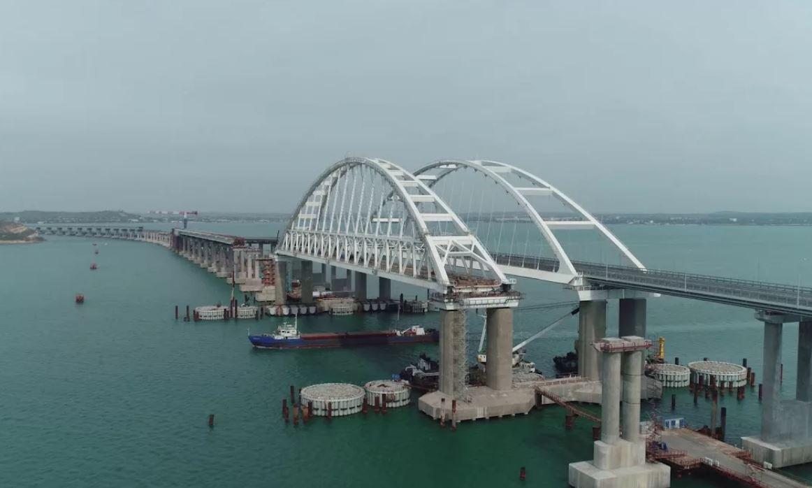 Пассажирские поезда поедут по мосту в Крым в декабре 2019 года, Туристам Коломны, Туризм Россия