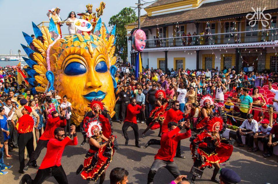 Гости карнавала в индийском Гоа будут есть, пить, веселиться и не только, Туристам Коломны, фестиваль стоит ли ехать
