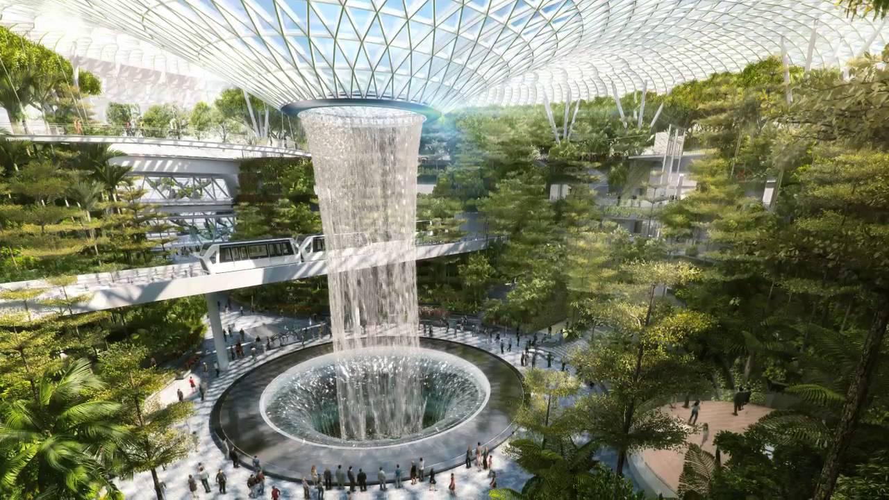 С тем, что построили в аэропорту Сингапура, он будет лучшим еще лет 10
