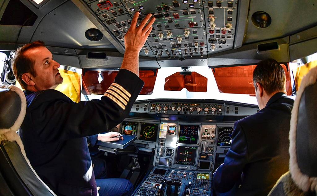 Что корпорация Боинг скрыла от авиакомпаний, чтобы продать самолеты серии B 737max, Туристам Коломны, США самолёт Достопримечательности Германия