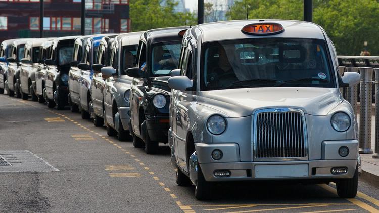 Такси из аэропорта до центра Амстердама самое дорогое в Европе. А сколько стоит в других столицах, Туристам Коломны, Туризм Сербия Мадрид Лондон Брюссель аэропорт