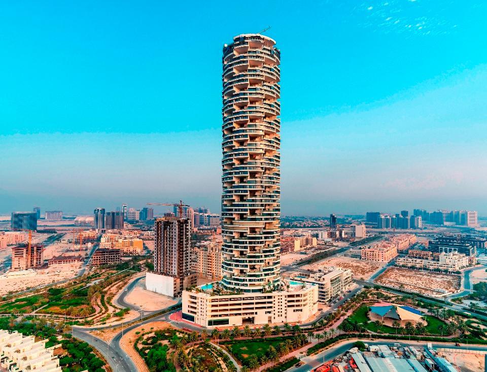 В Дубае открывается отель с 269 бассейнами. Сколько стоит ночь