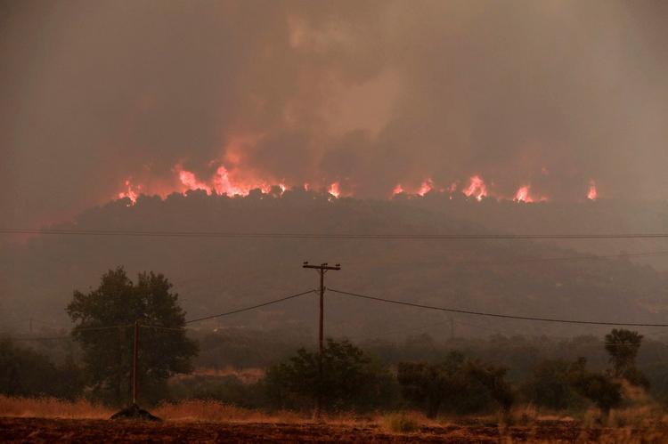 Греция в огне: пожары распространяются слишком быстро, Туристам Коломны, стоит ли ехать Греция