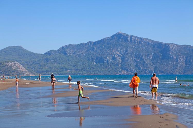 Какую погоду обещают синоптики в сентябре в Турции, Тунисе и на Кипре, Туристам Коломны, Черногория Тунис Таиланд стоит ли ехать Сочи Россия Италия Испания Греция