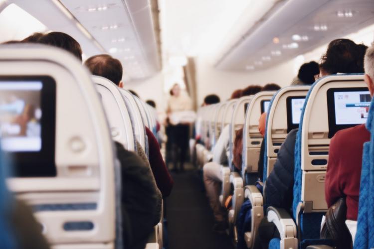 Долетев из Мадагаскара в Париж за 550 евро, пассажир вернул 114. Вы удивитесь, за что…