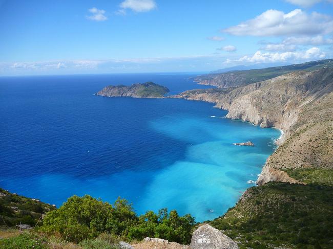 Где отдохнуть в июне на море