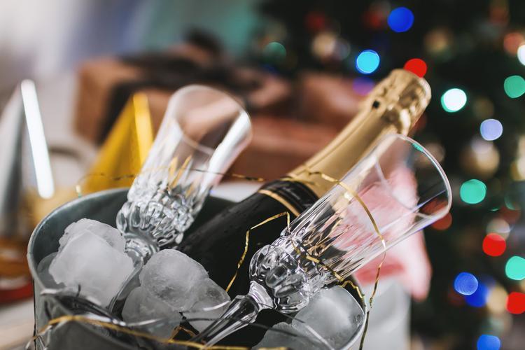 Как иностранцы загадывают желания на Новый год и стоит ли за ними повторить?