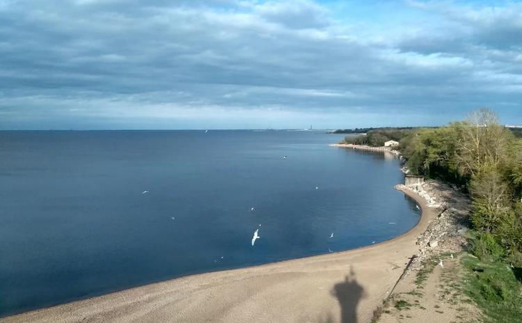 ТОП-5 самых красивых открытых морских пляжей России
