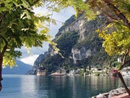 ТОП–20 озер Европы в инстаграме в 2021 году. Почему без Байкала?