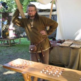 Средневековая игра в шашки