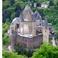 Один из многочисленных замков Люксембуога,