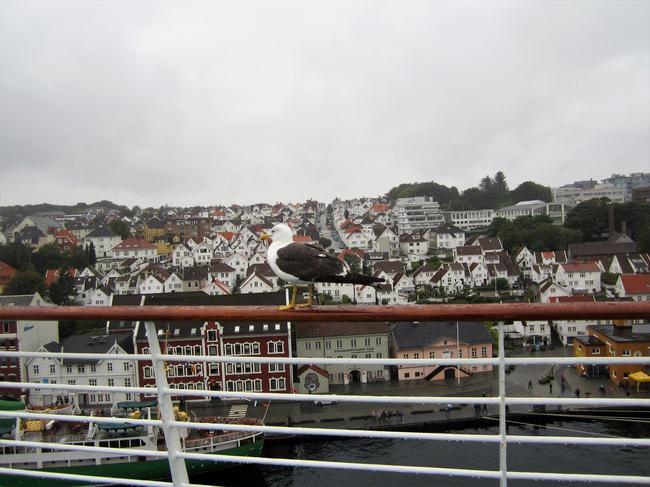 вид на город с палубы