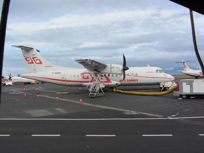 Аэропорт Фаа'а, самолет внутренних рейсов