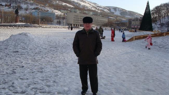 Площадь имени господина Ленина и памятник ему же.
