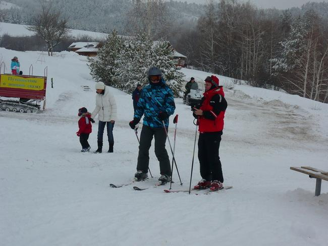 Хвалынский горнолыжный курорт. Лыжники