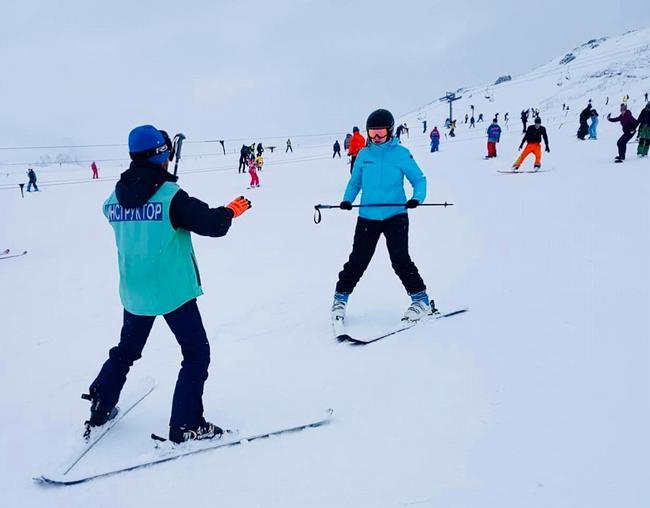 Горные лыжи - обучение с инструктором