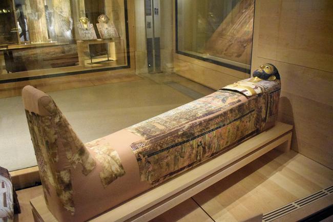 Египетский зал в Лувре