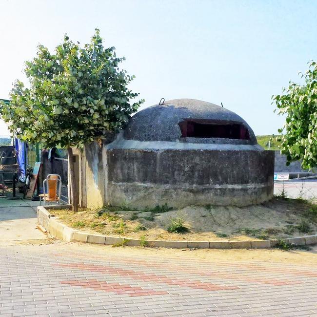 Бункер на албанской границе