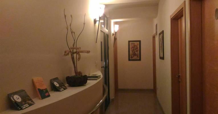 Отель Keto Hotel