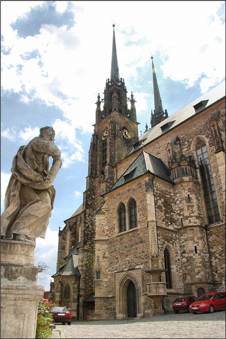 Кафедральный собор Св. Петра и Павла.