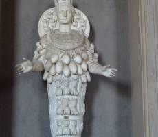43-Ватикан.Музеи.Богиня плодородия