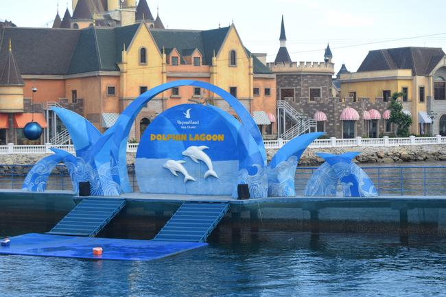 Vinpearl Land, шоу дельфинов