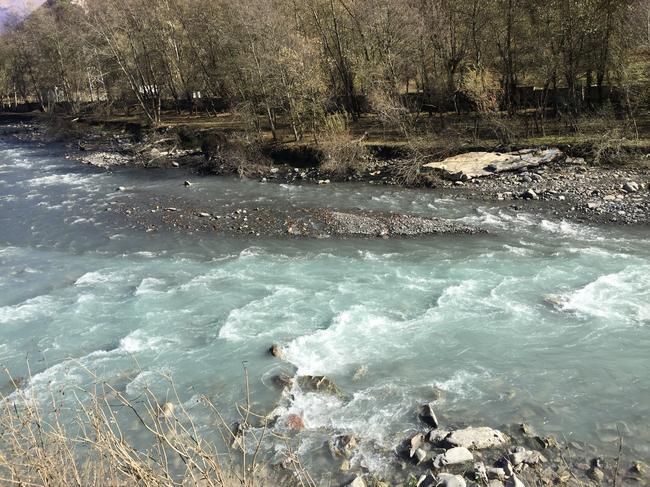 слияние рек черной и белой арагви