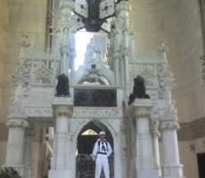 Санто-Доминго. Надгробие в мавзолее Колумба