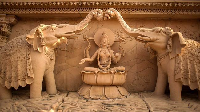 Сюжет на стене храма Акшардхам в Дели (взят из интернета).