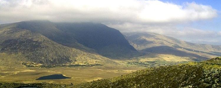 Вид на долину с перевала Конора