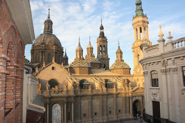 Сарагоса. Собор Эль Пилар.(вид с балкона апартаментов)