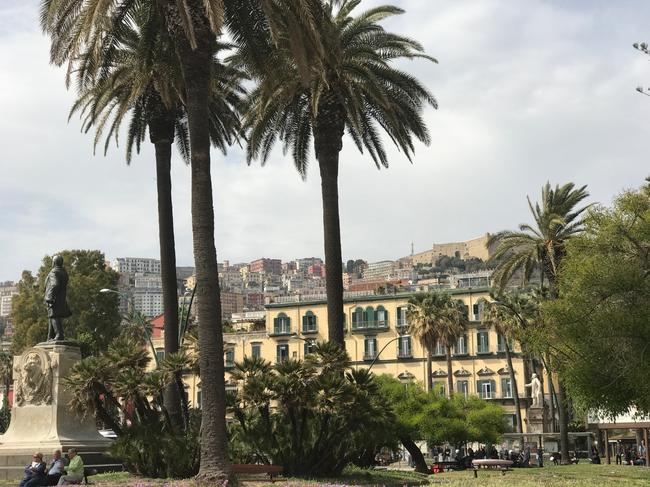 Площадь Vittoria