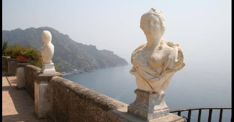 Вилла Чимброне в Равелло - балкон побережья
