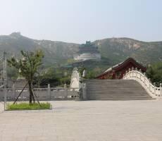 Территория храма