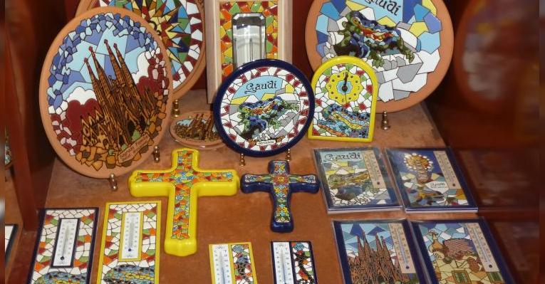 сувениры рядом с собором