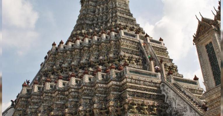 Самый большой пранг храма (башня)