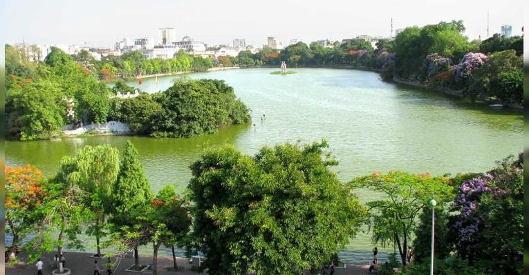 Озеро Hoan Kiem