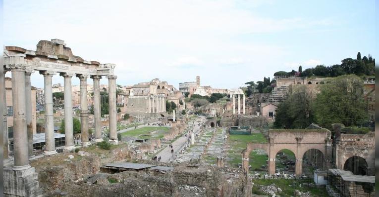 Вид Римского Форума с Капитолийского Холма